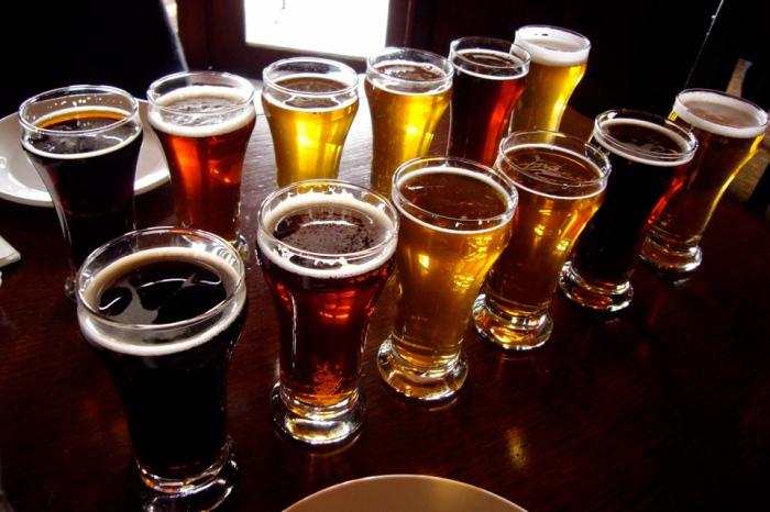 cervezas_vasos960